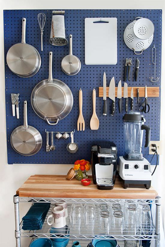Pegboards are awesome, they are the perfect storage solution for a kitchen, especially a smaller one. Check out these 5 ideas!